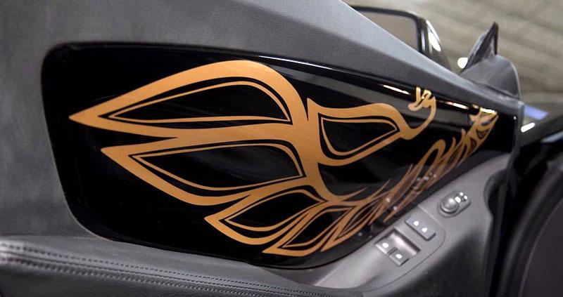 Firebird žil i poté, co skončila značka Pontiac. Jeden moderní Trans Am je právě na prodej: - fotka 6