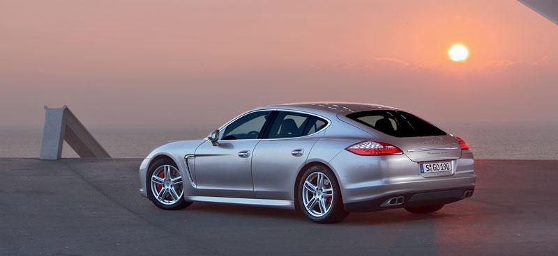 Porsche: prodejní úspěchy současnosti i minulosti: - fotka 80