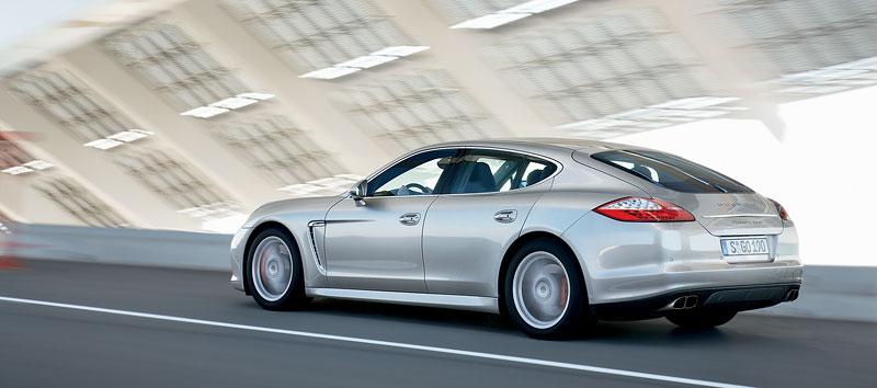 Porsche: prodejní úspěchy současnosti i minulosti: - fotka 83
