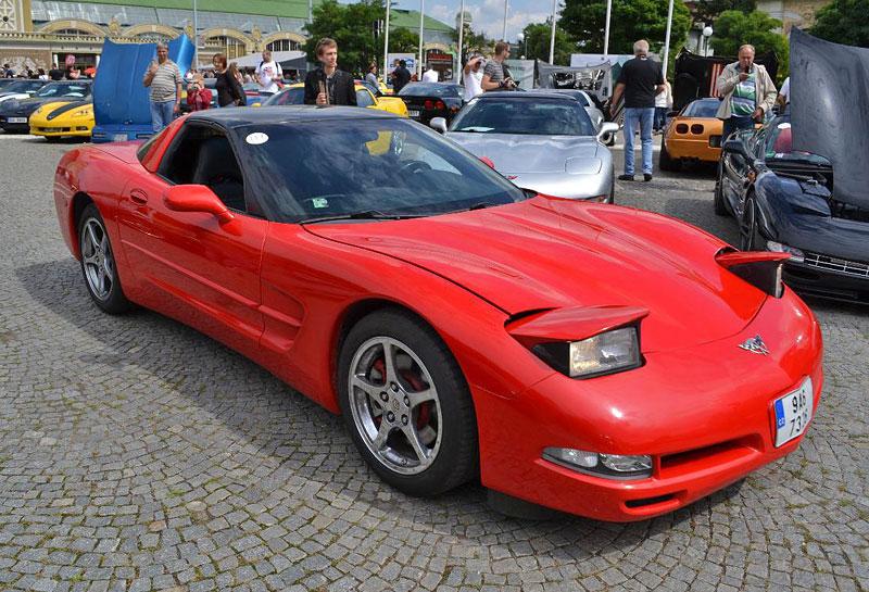 Corvette sraz Praha 2012: velká fotogalerie: - fotka 106