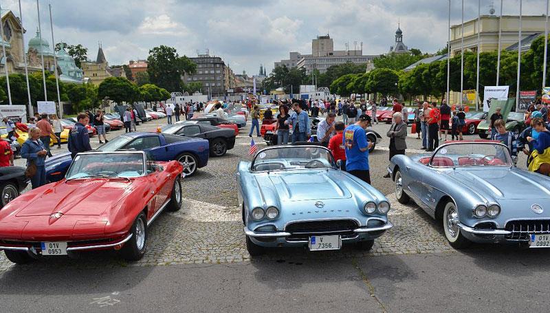 Corvette sraz Praha 2012: velká fotogalerie: - fotka 107