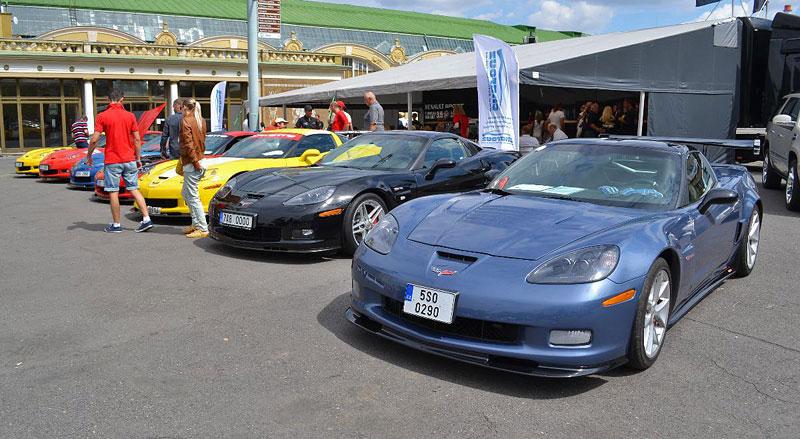 Corvette sraz Praha 2012: velká fotogalerie: - fotka 108