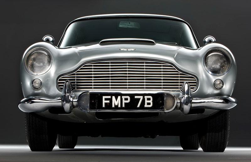 Aston Martin DB5 po Jamesi Bondovi prodán: - fotka 10