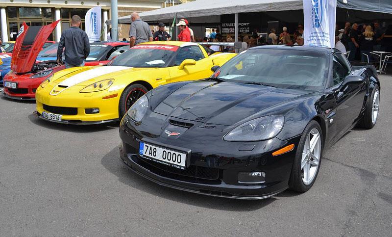 Corvette sraz Praha 2012: velká fotogalerie: - fotka 109