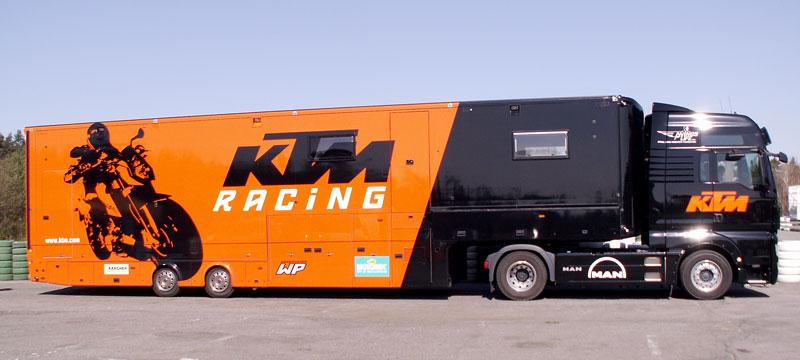 KTM Festival 2010 - oranžový den pod Bezdězem: - fotka 10