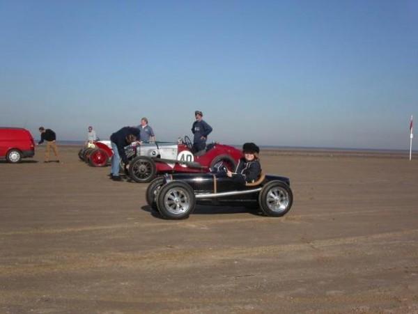 Harrington Group: Bugatti, Porsche a další klasici nejen pro děti: - fotka 10