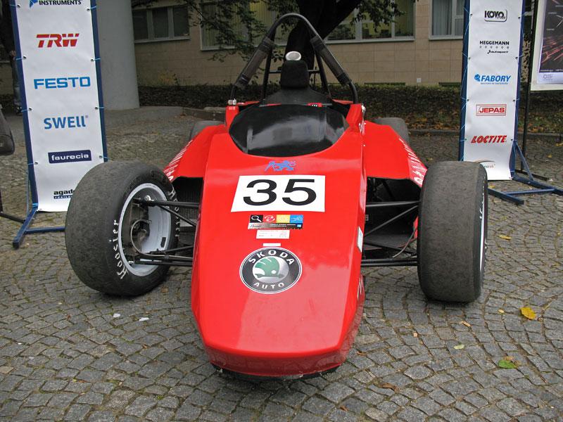 CTU CarTech FS.02: Studentská formule z pražského ČVUT: - fotka 4