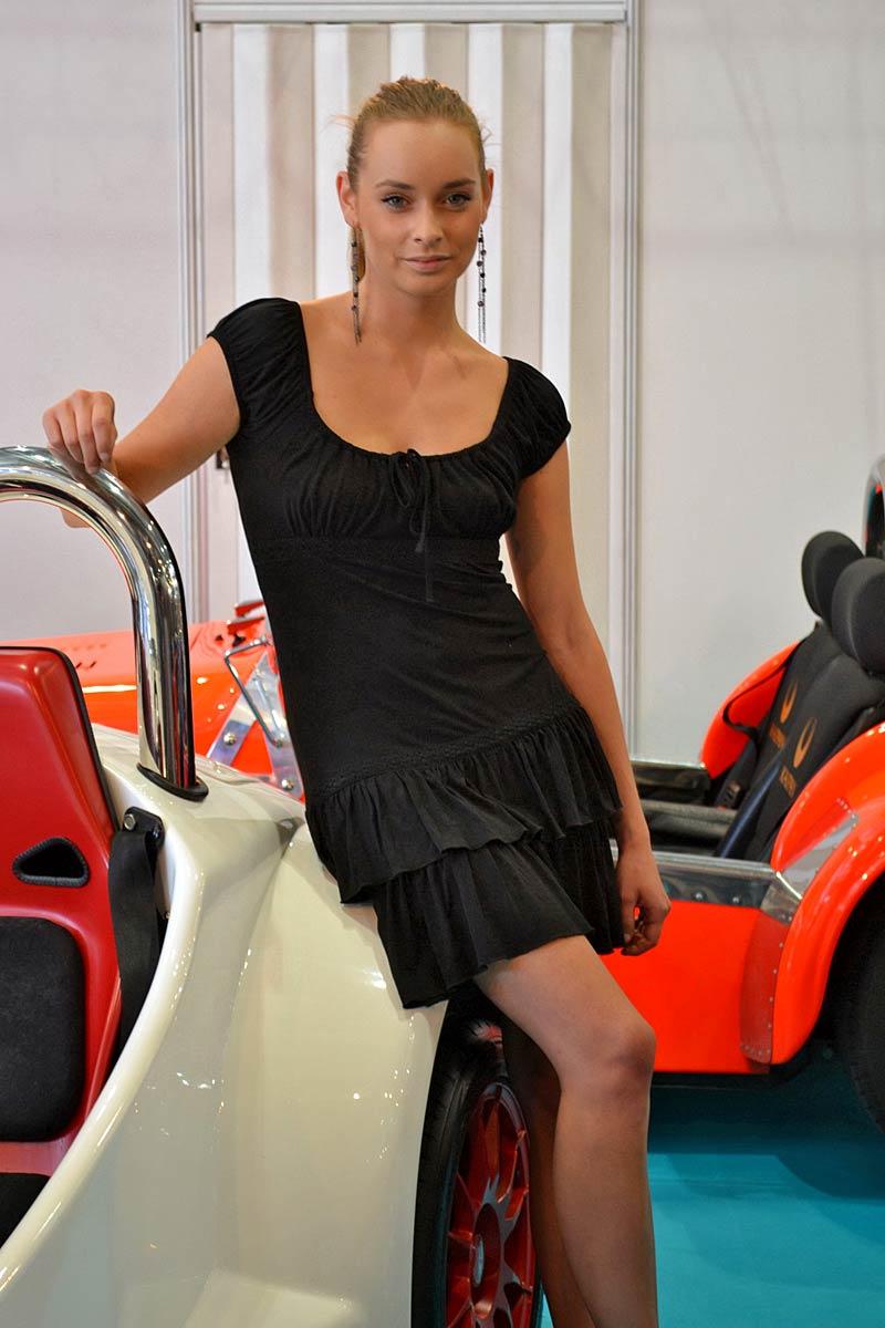 Autosalon Brno 2011: Babes: - fotka 30