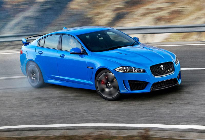 Pod lupou: Jaguar R aneb 25 let rychlých koček: - fotka 24
