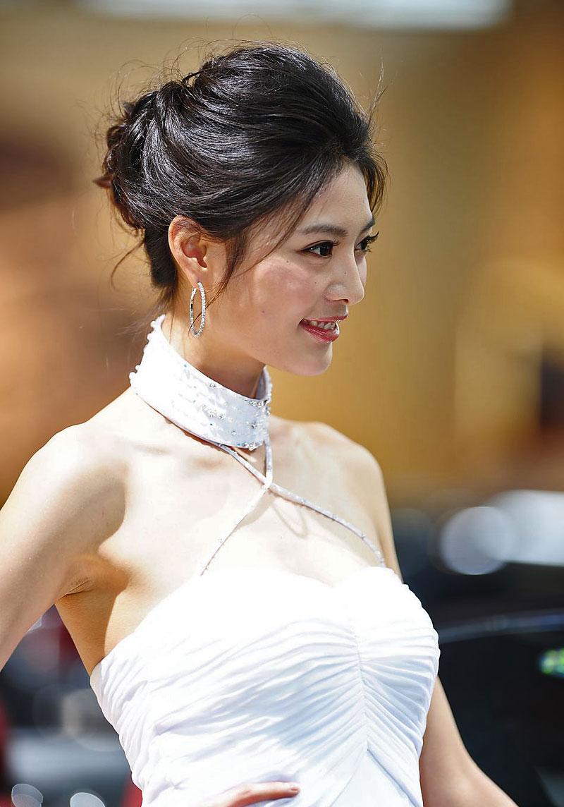 Šanghaj 2011: Babes, díl III.: - fotka 119