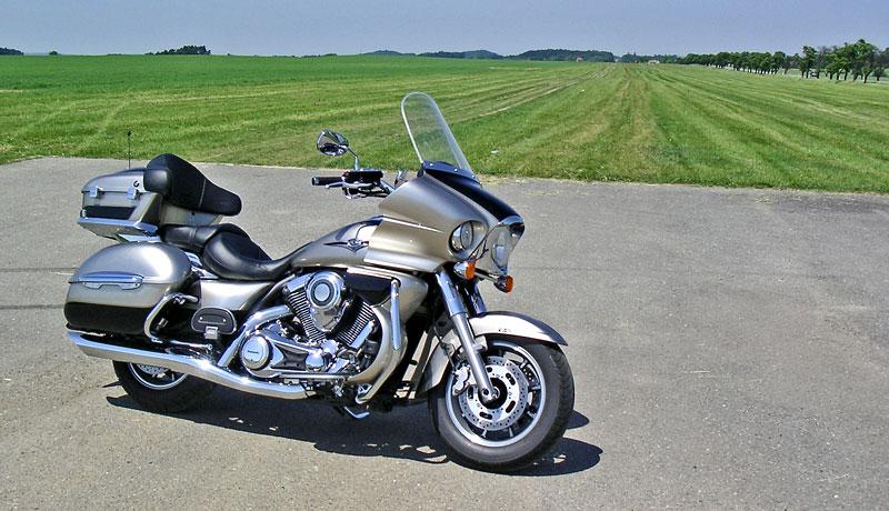 Za řídítky - Kawasaki VN1700 Classic a VN1700 Voyager: - fotka 10