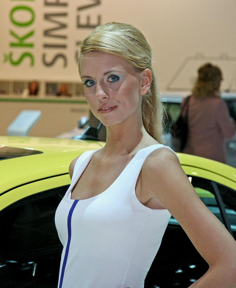 Autosalon Brno 2009 - Babes: - fotka 12
