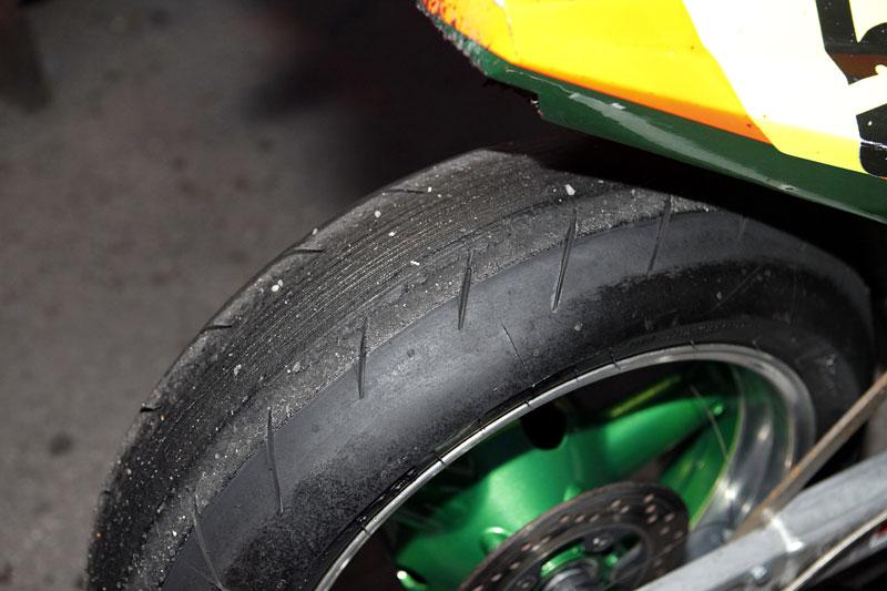 Grand Prix MOTO GP: warm up party jak má být (fotogalerie): - fotka 11