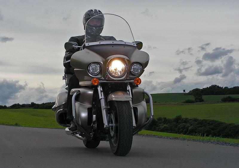 Test: Kawasaki VN1700 Voyager a srovnání s Harley-Davidson Electra Glide: - fotka 7