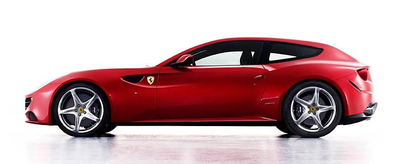 Ferrari FF v akci: nové fotografie italského granturisma: - fotka 16