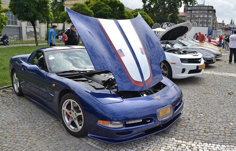 Corvette sraz Praha 2012: velká fotogalerie: - fotka 122