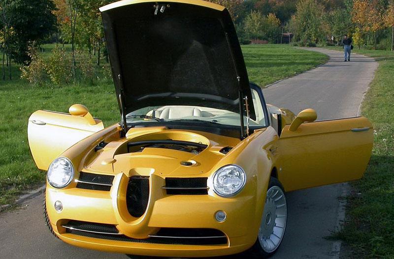Cardi Body II: dvoumístný roadster s technikou BMW: - fotka 4