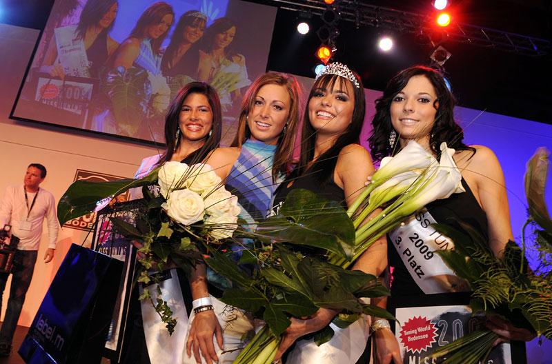 Jak se fotil kalendář Miss Tuning 2010: - fotka 11