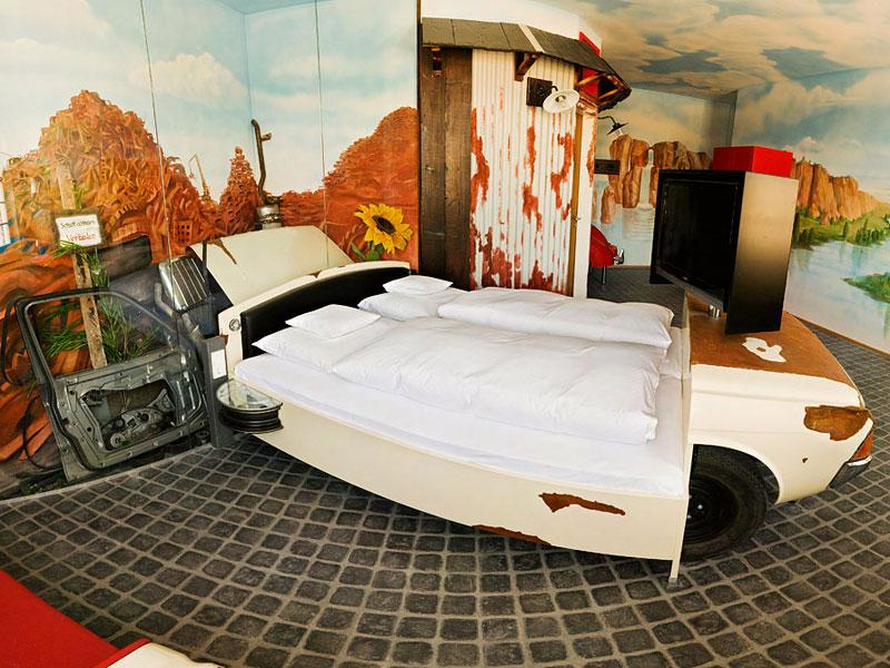 V8 hotel ve Stuttgartu: kdy jste naposledy přespali v myčce?: - fotka 12