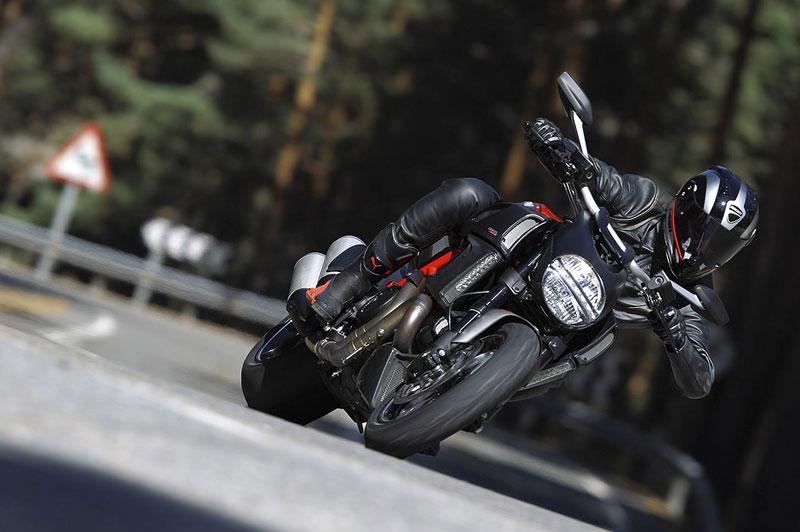 Oficiální představení Ducati Diavel: - fotka 8