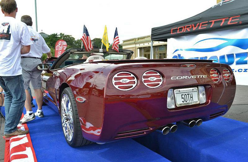 Corvette sraz Praha 2012: velká fotogalerie: - fotka 130