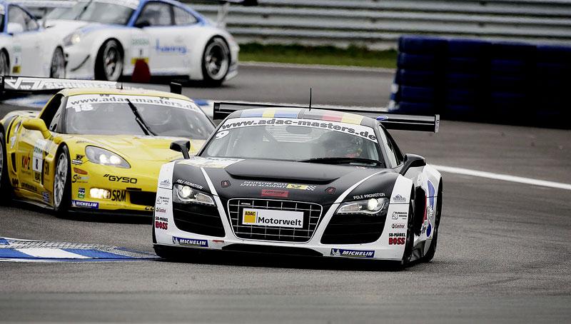 Audi R8 LMS: sedm vozů na 24 hodin Nürburgringu: - fotka 13