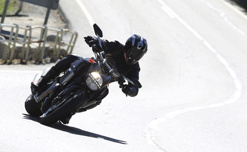 Oficiální představení Ducati Diavel: - fotka 9