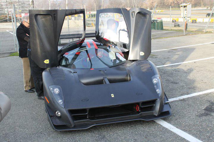Ferrari P4/5 Competizione: první úspěšné testy na Nürburgringu: - fotka 27