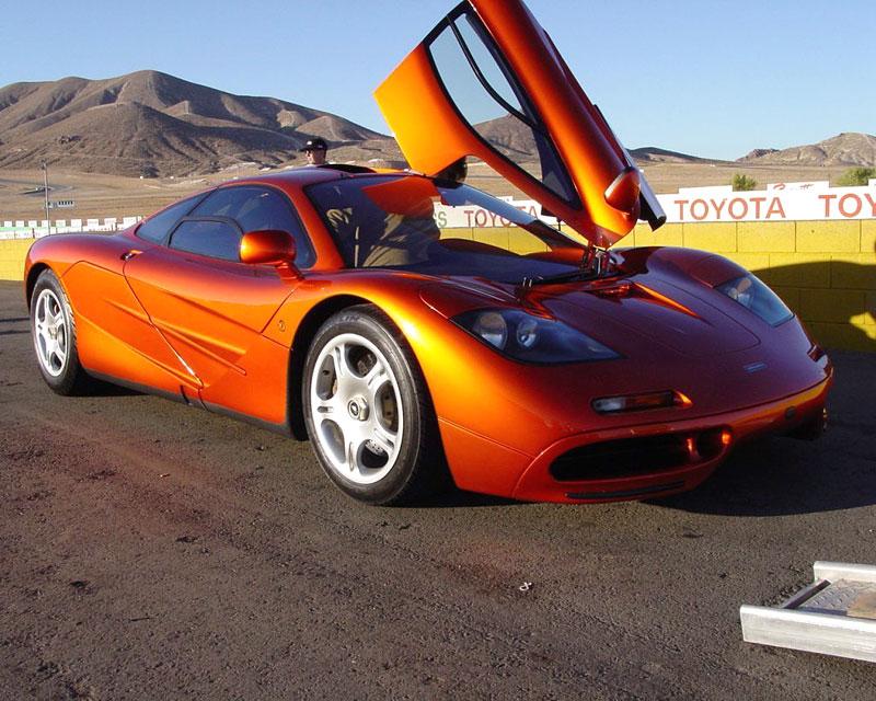 McLaren F1 LM pro Lewise Hamiltona: - fotka 1
