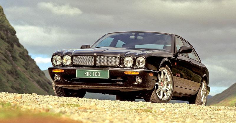 Pod lupou: Jaguar R aneb 25 let rychlých koček: - fotka 28