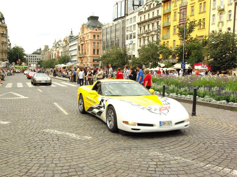 Prahou burácelo 250 Corvette: - fotka 140