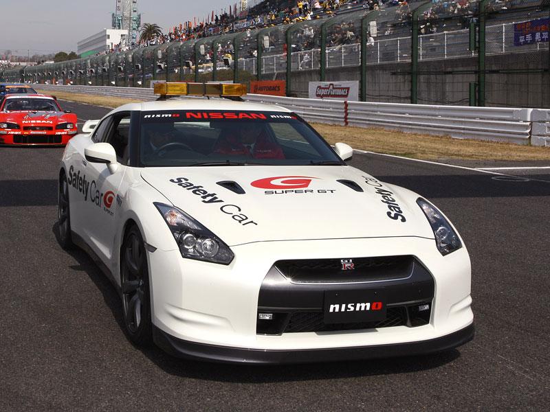 Nissan GT-R jako Safety Car v šampionátu SUPER GT: - fotka 1