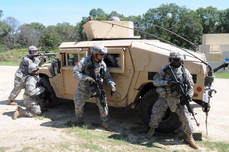 Americká armáda: konec Humvee v prvních liniích: - fotka 15
