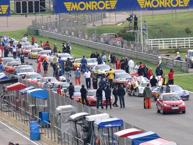 Reportáž: S Chevroletem na WTCC ve Valencii: - fotka 16