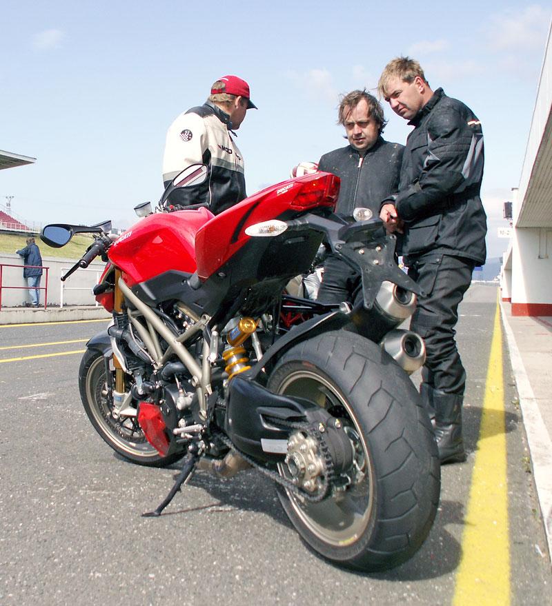 Ducati den - Autodrom Most 2009: - fotka 16