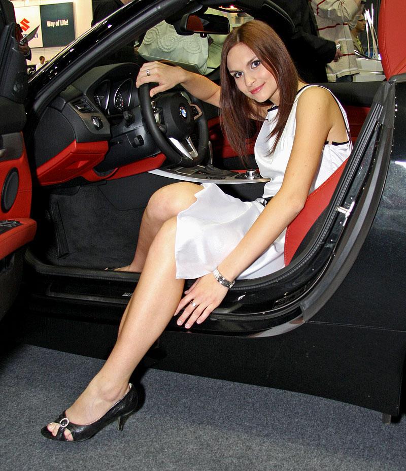 Autosalon Brno 2009 - Babes: - fotka 17