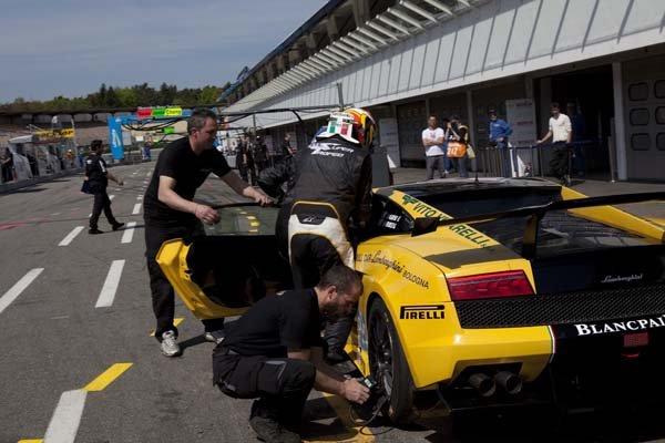 Lamborghini Blancpain Super Trofeo, FIA GT3 a FIA GT1 o víkendu v Brně!: - fotka 16
