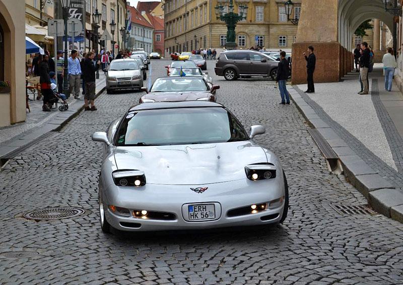 Corvette sraz Praha 2012: velká fotogalerie: - fotka 176