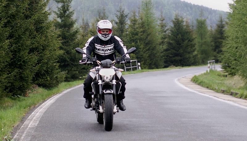 Aprilia a Moto Guzzi den 2008: - fotka 16
