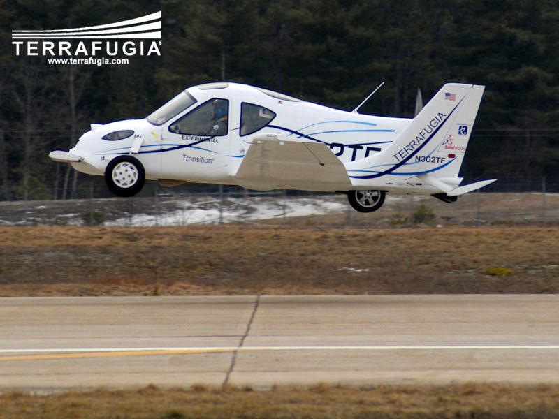 Terrafugia Transition: letadlo schopné jízdy po silnici: - fotka 16