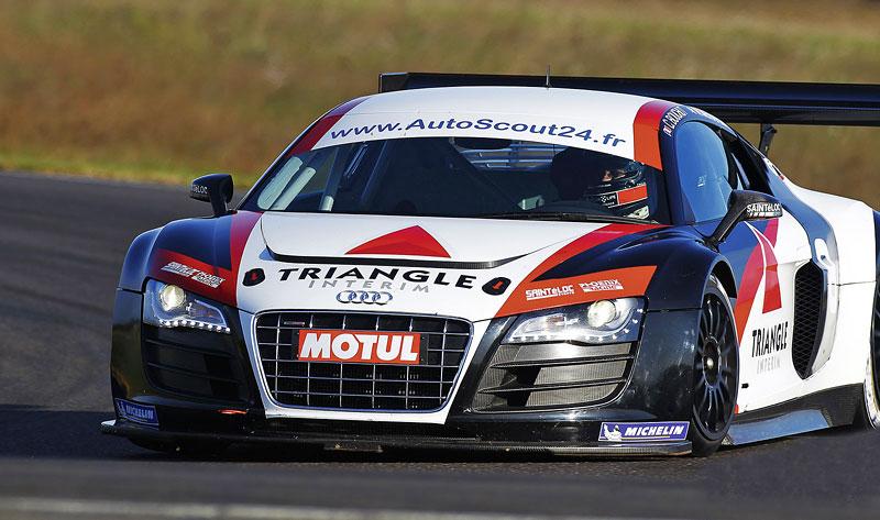 Audi R8 LMS: sedm vozů na 24 hodin Nürburgringu: - fotka 17