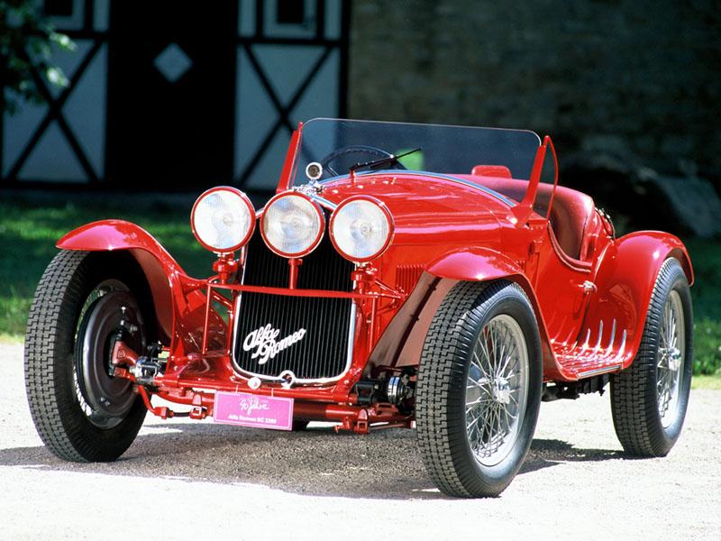 Pod lupou: Alfa Romeo 8C – včera a dnes: - fotka 2