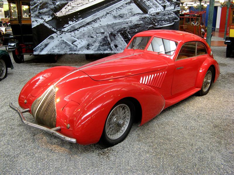 Pod lupou: Alfa Romeo 8C – včera a dnes: - fotka 7