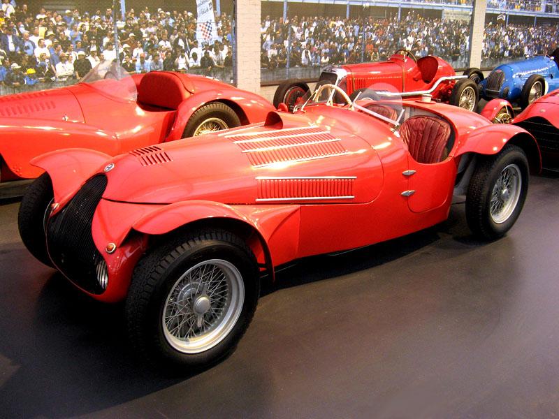 Pod lupou: Alfa Romeo 8C – včera a dnes: - fotka 18