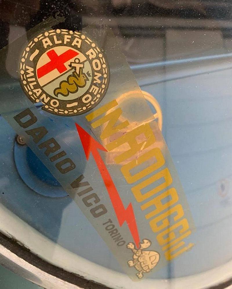 Opuštěná Alfa Romeo, která se našla po 35 letech, se prodala v dražbě. A vážně ne levně: - fotka 9