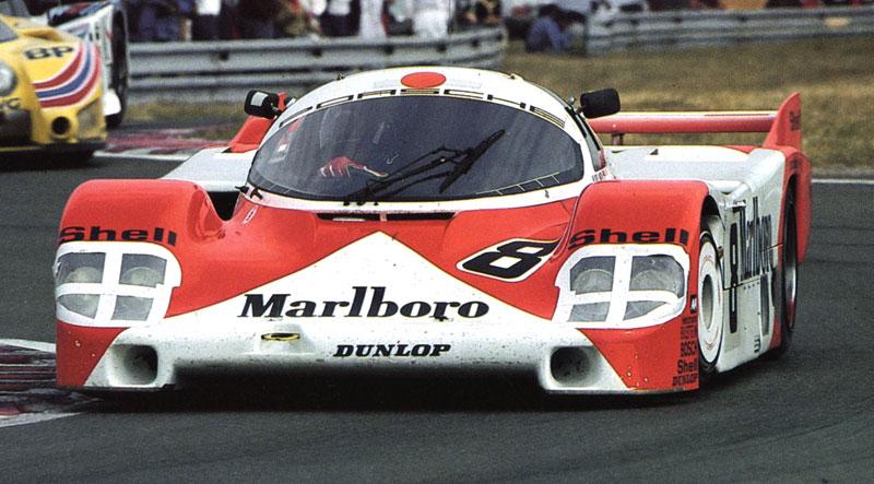 Pod lupou: Porsche 956 a 962 - Z Le Mans na silnice a zase zpátky: - fotka 17