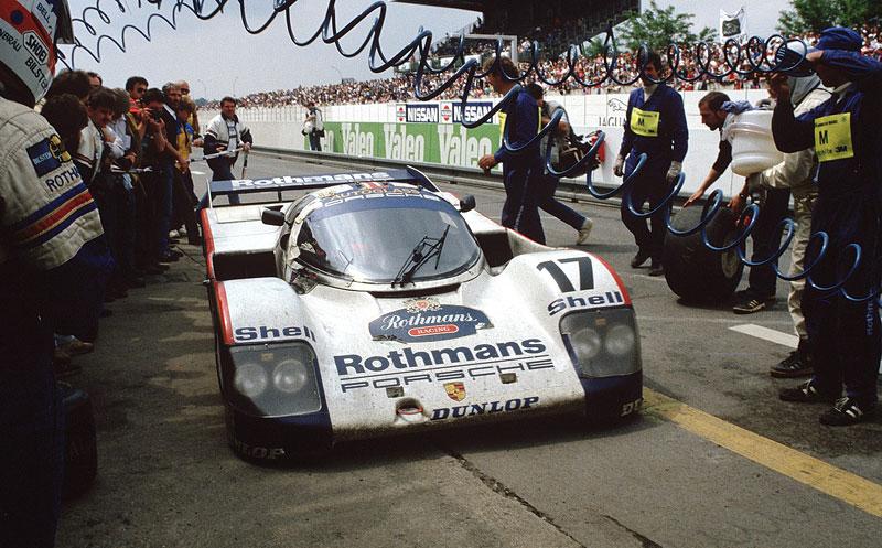 Pod lupou: Porsche 956 a 962 - Z Le Mans na silnice a zase zpátky: - fotka 21