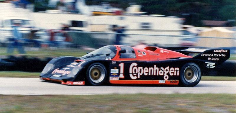 Pod lupou: Porsche 956 a 962 - Z Le Mans na silnice a zase zpátky: - fotka 41