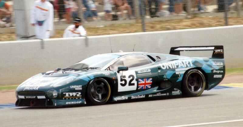 Pod lupou: Jaguar XJ220 – nejrychlejší auto světa...na jeden rok: - fotka 8