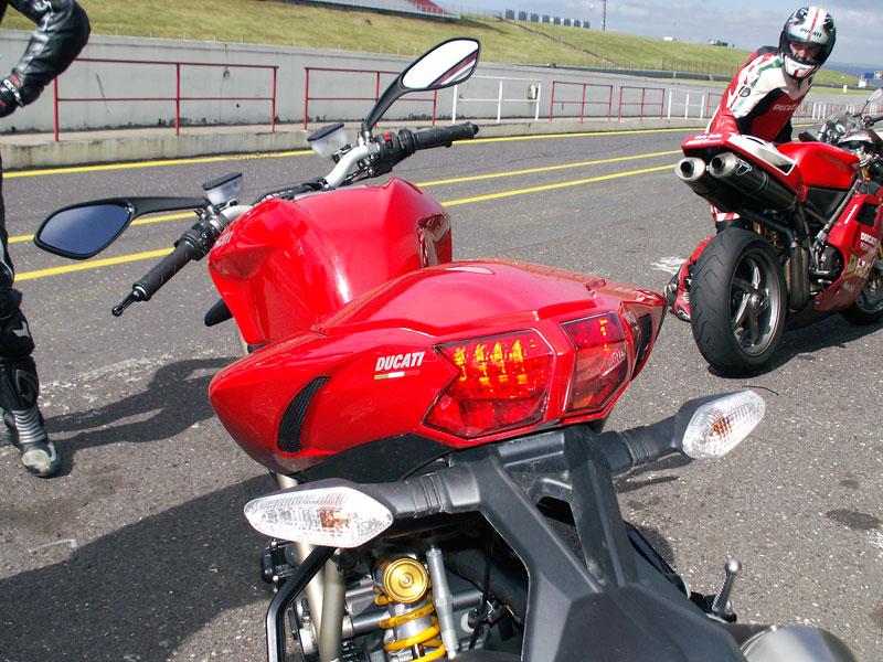 Ducati den - Autodrom Most 2009: - fotka 19